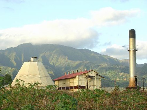waialua-sugar-mill-with