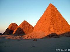 -Monuments- (Vt Hassan) Tags: africa blue sunset shadow orange color colors architecture shadows pyramid image sudan pharaoh pyramids northern nuri nubia nubian taharqa meoretic mondocafeclub