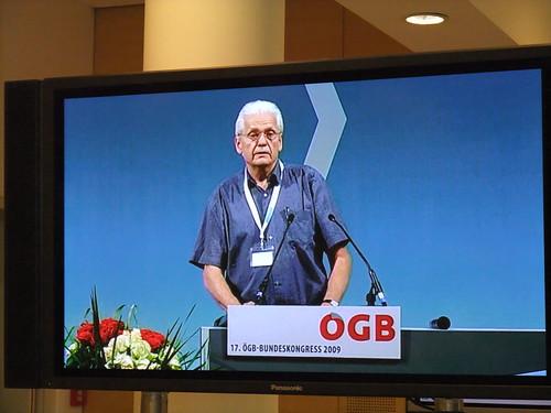 Reinhart Sellner von den Unabhängigen GewerkschafterInnen in der GöD kritisiert die Konjunkturpakete der Bundesregierung - er fordert iumfassende Investitionen in Bildung, Soziales, Pflege, öffentliche Dienste sowie eine umfassende Reform der Vermögensbesteuerung