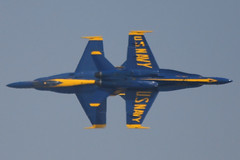 Blue Angels - Knife Edge (kentsmith9) Tags: plane canon eos flying cross aircraft military formation planes f18 blueangels ep crossed stopaction timing knifeedge fa18hornet salinasairshow frozentime splitsecond highspeedpass 40d notmaxgroup