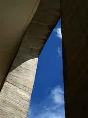 (areyouany) Tags: blue brazil sky building architecture concrete oscar brasilia niemayer neimayer
