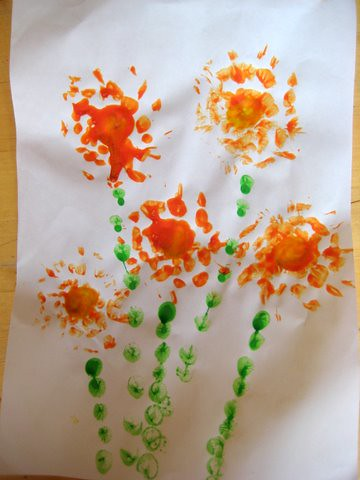 kid crafts: beautiful flower printing craft