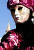 eleganza in maschera lilla (Nicola Zuliani) Tags: venice rosa carnevale venezia maschere nizu nicolazuliani wwwnizuit