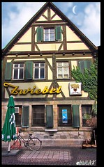 Esslingen : Die Zwiebel ; pub - The  Onion (eagle1effi) Tags: city building architecture digital canon germany favoriten creativity landscapes cool pub colorful flickr bestof photos kunst landmarks selection landmark powershot fotos architektur edition bauwerk gebude erwin sx1 auswahl esslingen gasthaus beste zwiebel f40 damncool masterclass wahrzeichen badenwrttemberg sehenswrdigkeit sehenswrdigkeiten badenwuerttemberg selektion iso80 kreativitt bauwerke views100 eslingen bridgecamera amust effinger lieblingsbilder hdrish regionstuttgart digitalretouched eagle1effi byeagle1effi ae1fave byeagle1effi yourbestoftoday artandexpression canonsx1is canonpowershotsx1is effiart masterclass djangos softwarephotoscape orientierungspunkt canonsx1ispowershot canonpowershotsx1isreferenceshot topptipp ber100malgesehen tagesbeste