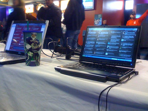Tweetdeck, official Twitted app of the Canucks Fan Zone