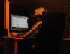 Cowboy Hats make me Think! (kirky29) Tags: life hat mac cowboy with desk os x leopard my at
