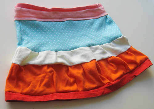 Sorbet bands skirt for spring