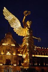 El Ángel en el Zócalo, la primera vez