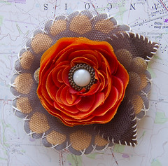 sold (uhoh over) Tags: orange flower gold pin handmade brooch craft felt stitching etsy crafty accessory thelittleprints