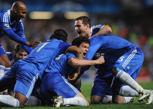 Festa do Chelsea depois do épico 4-4 frente ao Liverpool