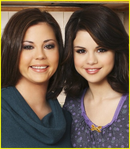 selena-gomez-mom-happiness-06
