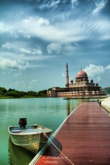 Tuesday:Time To Go Fishing (azfar ahmad | thepatahtumbuh) Tags: flickraward