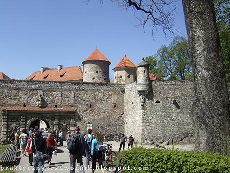 Ojcowski Park Narodowy Zamek Pieskowa Skała