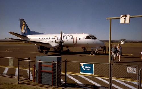 2001 #322-9A plane to Kangaroo Island