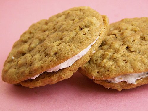 Oatmeal Cream Pies Recipe - Back to the Cutting Board