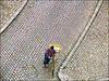 amarelinha (ccarriconde) Tags: topf25 bicycle brasil depoisdachuva bicicleta ccarriconde cristinacarriconde amarelo pelotas riograndedosul frio paralelepipedo grafismo calçamento brasilpeople satolep copyright©cristinacarricondeallrightsreserved pçacelpedroosório ©cristinacarriconde pçacelpedroosorio calçamentofrances bicicletaamarela
