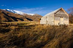 Abandoned farmhouse ({Rory}) Tags: newzealand canon landscape otago crown range 1740mm 40d