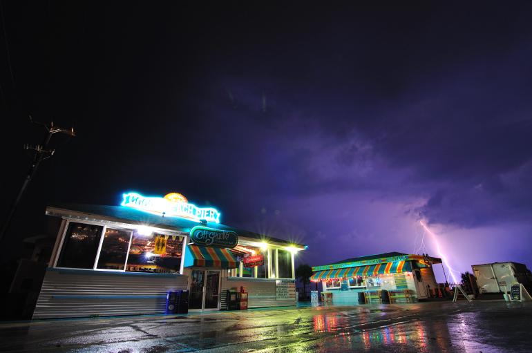 pier_lightning_0065