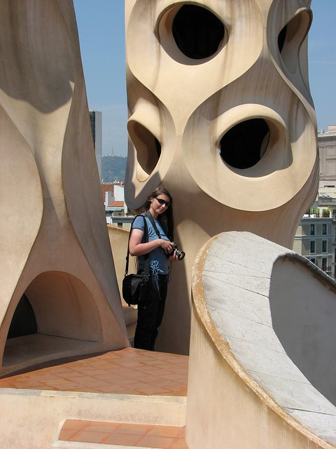 Таня на крыше Casa Mila