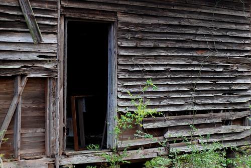 v rural decay 016
