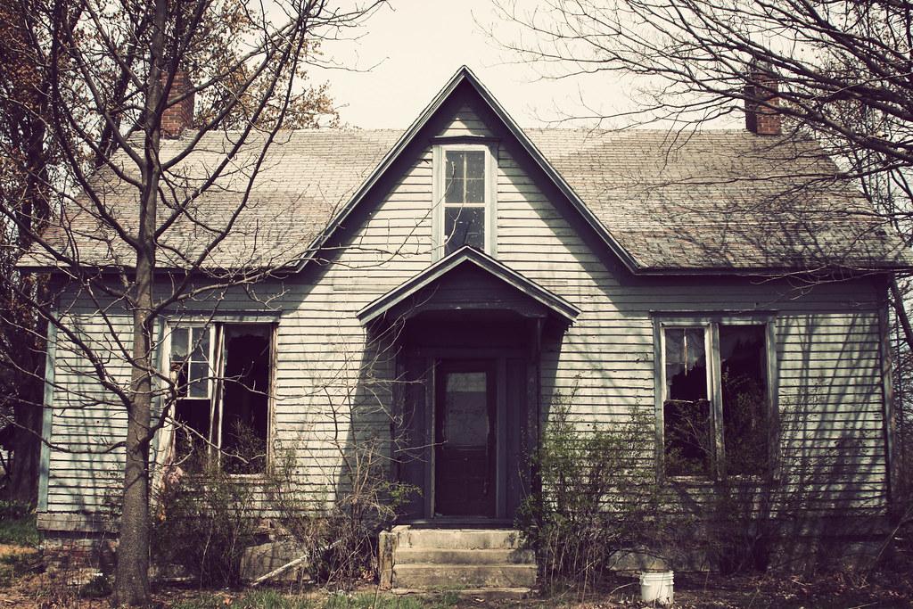 Lyons House
