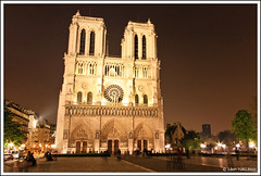 Cathdrale Notre-Dame et ses fantomes | Notre-Dame and it's ghosts (neoweb001 | www.julientordjman.fr) Tags: paris france night canon ghost notredame explore cathdrale dxo phantom notre dame nuit 2009 fantome cathdral 450d julientordjman