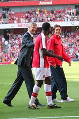 Arsenal end of 2008-09 season walkabout (Ronnie Macdonald) Tags: football emirates arsenal gunners stokecity arsenewenger kolotoure ronmacphotos tomrosick