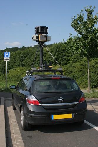 Google Car in Würzburg (von hinten)