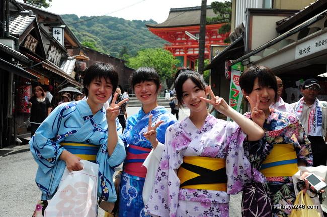 pix_kyoto-girls