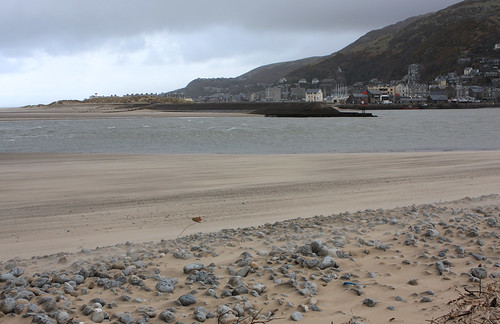 Barmouth seen from Fairbourne
