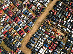 Scrapyard in Groningen, The Netherlands (KAPturer) Tags: kite holland cars netherlands dutch car rust aerial fromabove junkyard scrapyard kap groningen birdseyeview kiteaerialphotography luchtfoto wrecks vanboven vlieger canonixus vogelvlucht carwrecks fled hoogkerk knackersyard scrapyards hovingh sloperij vlie