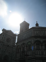 "The duomo from the street • <a style=""font-size:0.8em;"" href=""http://www.flickr.com/photos/36178200@N05/3387543987/"" target=""_blank"">View on Flickr</a>"