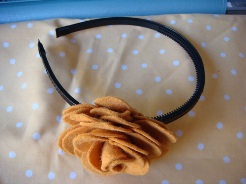 Rose Marigold headband  side