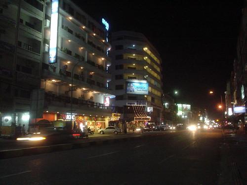 90.金邊夜街景