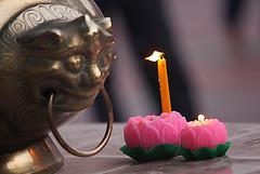 IMG_3282 copy (syuksharkawi) Tags: travel classic lamp temple candle buddha buddhist traditional monk joystick malaysia offering kualalumpur devotees prayers vesak oillamp wesak oliveoillamp brickfields mahavihara syuksharkawi malaysianbuddhist