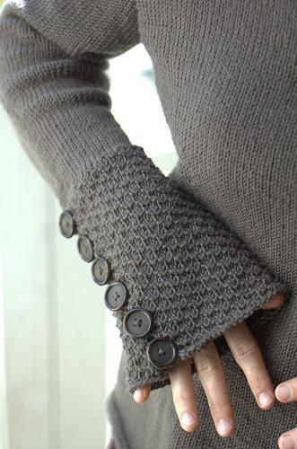 buttony sleeve