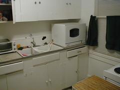 Kitchen- Sink (macboy91si) Tags: kitchen toasteroven danby durabrand portabledishwasher ddw497w
