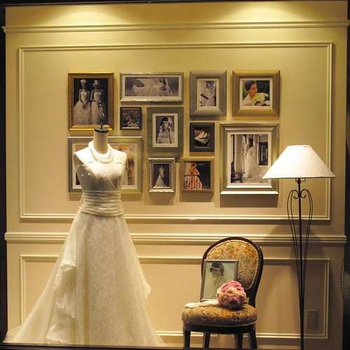 Wedding Gown Display: Display Of Wedding Dress