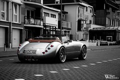 Wiesmann MF3 Roadster (Bart Willemstein) Tags: auto city bw white black holland color cars beach sc netherlands car contrast germany deutschland town boulevard nederland convertible automotive zee vehicle autos cabrio aan selective egmond roadster wiesmann mf3 mf4 bartw autogespot wwwbartwillemsteinnl