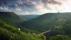 Monsal Head (Kris.B.) Tags: bridge trees summer england sky green nature beautiful grass clouds river landscape evening derbyshire peakdistrict farmland viaduct pasture valley lush whitepeak wyevalley riverwye monsalhead ndgrad canonef35mmf14lusm 5dmkii