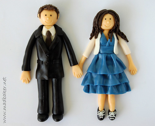 Twilight-Inspired Cake Topper