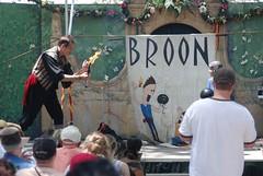 ND133 316 (A J Stevens) Tags: renfaire juggler fireeater broon