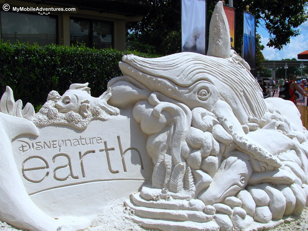 IMG_1042-WDW-EPCOT-sand-whale-EARTH