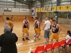 Greg beim großen Basketballfinale
