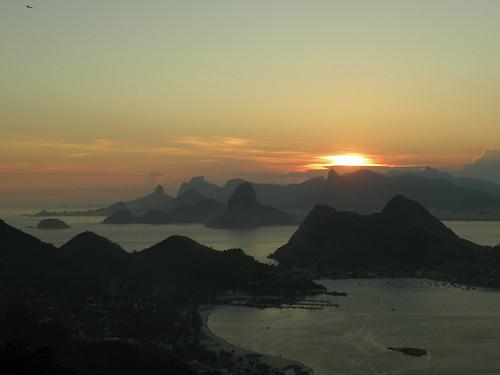 Por do Sol no Rio de Janeiro - SunSet in Rio de Janeiro