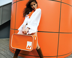 Cosmo 3 (Rekanyari) Tags: orange fashion magazine asian luggage story seoul editorial highfashion cosmopolitam rekanyari mmmwaahh koreancosmo