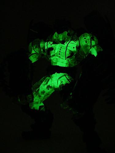 monevSubZeroAttack glow1