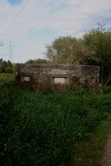 sept 035 (Landyman Photography) Tags: pillbox cheshunt leavalleypark batroost searchlightcontrolpost