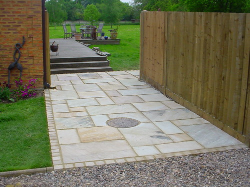 Indian Sandstone Driveway  Image 1