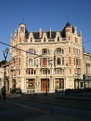 Louis Bertrandlaan 2, Schaarbeek (Erf-goed.be) Tags: geotagged brussel schaarbeek gebouw archeonet louisbertrandlaan geo:lat=508641 geo:lon=43736